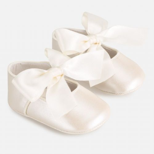 Mary Jane Show - White with Bow